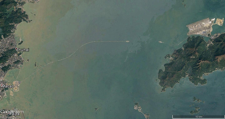 Le pont Macao >>>  Hong-kong, en construction Macao_11
