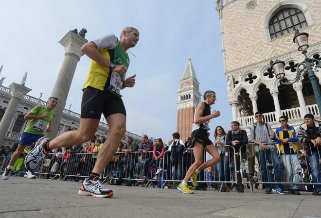 Venise : des installations sportives dans une ville-musée Marath10