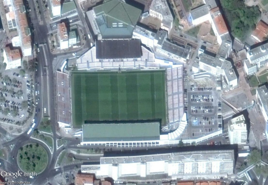 STREET VIEW : le stade Mayol de Toulon, avec Mourad Boudjellal et Bernard Laporte en guest stars Mayol_10