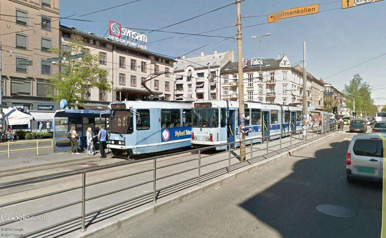 STREET VIEW : les tramways en action - Page 3 Oslo11