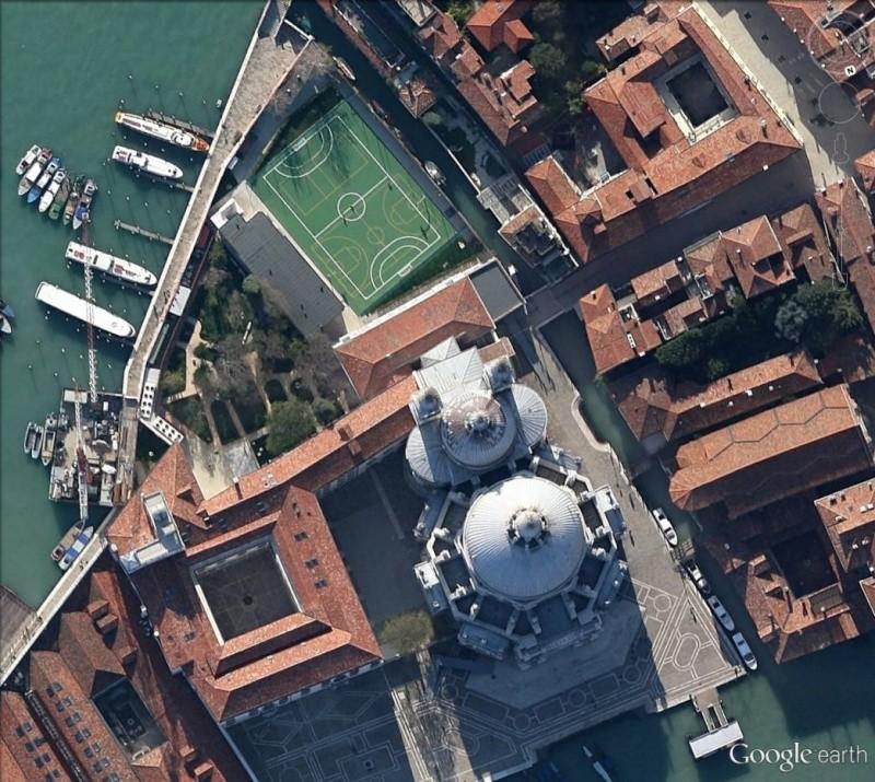 Venise : des installations sportives dans une ville-musée Salute10