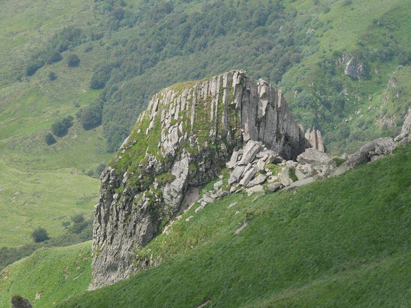 VOLCANISME : le puy de Sancy, ses orgues basaltiques et ses mouflons Sancy_10