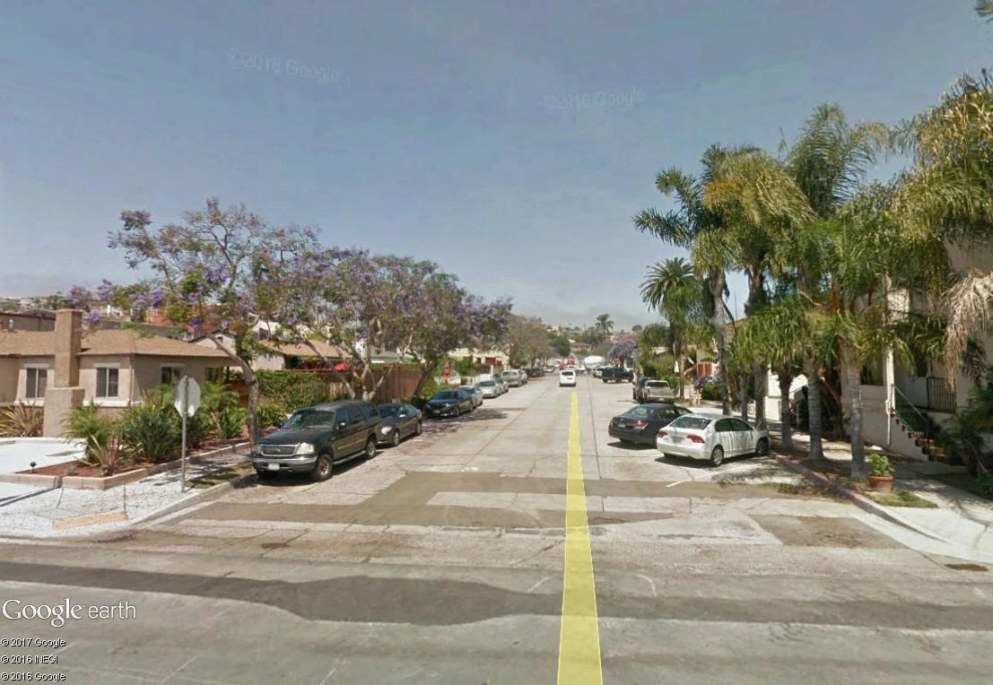 STREET VIEW : 2 sens de circulation = 2 saisons différentes vues de la Google Car ! [A la chasse !] - Page 4 Sandie11
