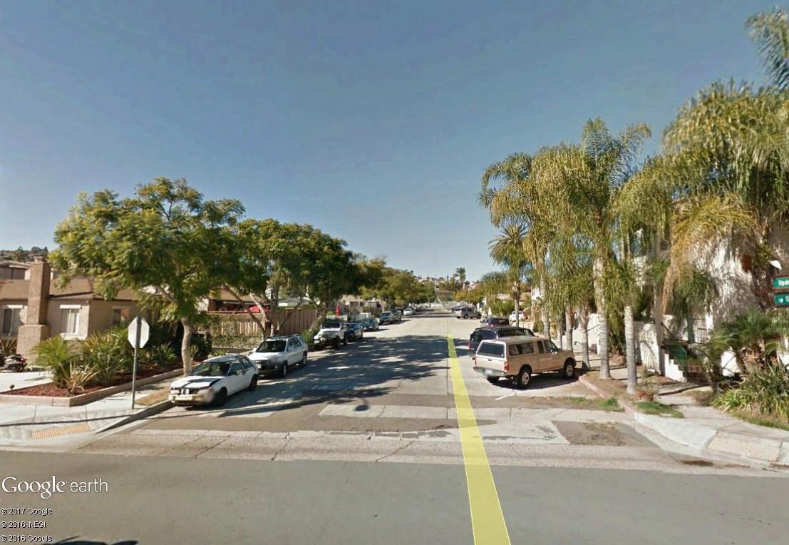 STREET VIEW : 2 sens de circulation = 2 saisons différentes vues de la Google Car ! [A la chasse !] - Page 4 Sandie12