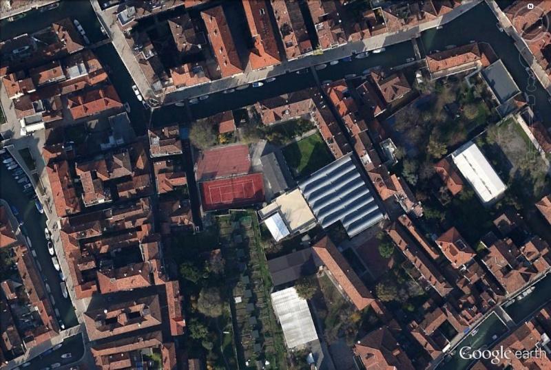 Venise : des installations sportives dans une ville-musée Tennis11