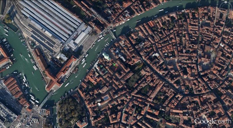 Venise : des installations sportives dans une ville-musée Tennis14