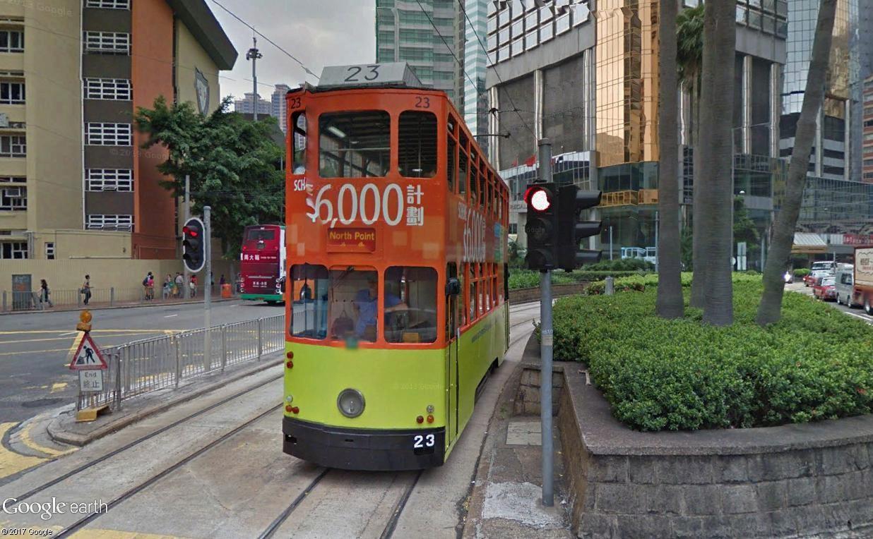 STREET VIEW : les tramways en action - Page 3 Tramwa11