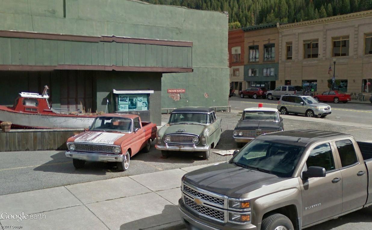 STREET VIEW : les vieilles voitures américaines - Page 4 Triple11