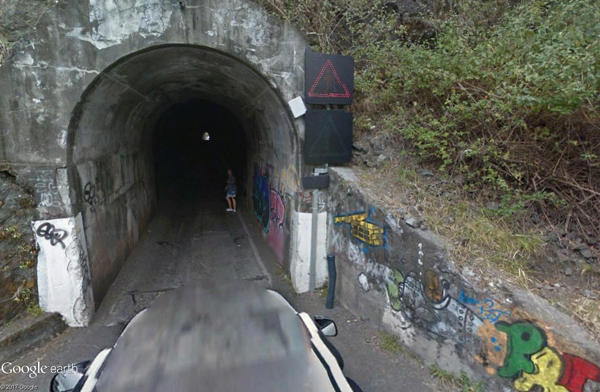 Les Gouzous débarquent sur TSGE. Tous aux abris. - Page 3 Tunnel11