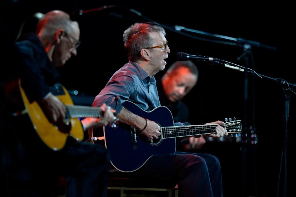 Les 1000 visages d'Eric Clapton - Page 6 Ericcl11
