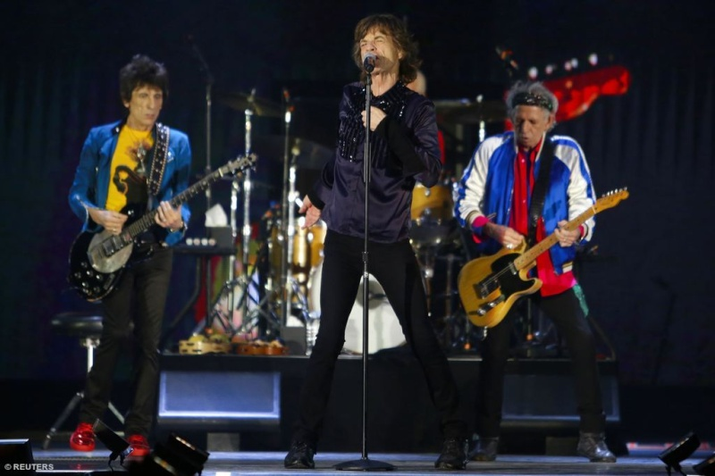 Stones News, Links, Témoinages - Page 40 Rs_sin10