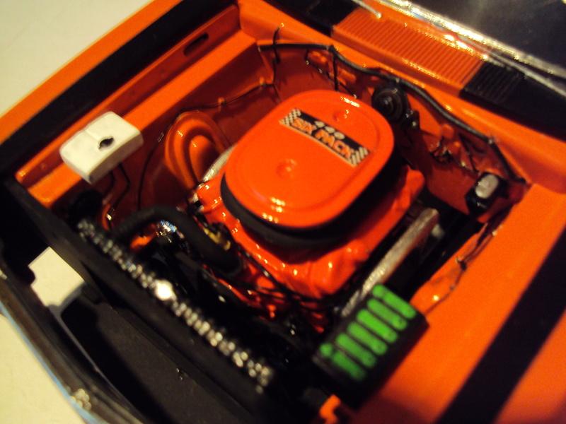 Vends muscle-cars Mopar très proprement montées Dsc02428