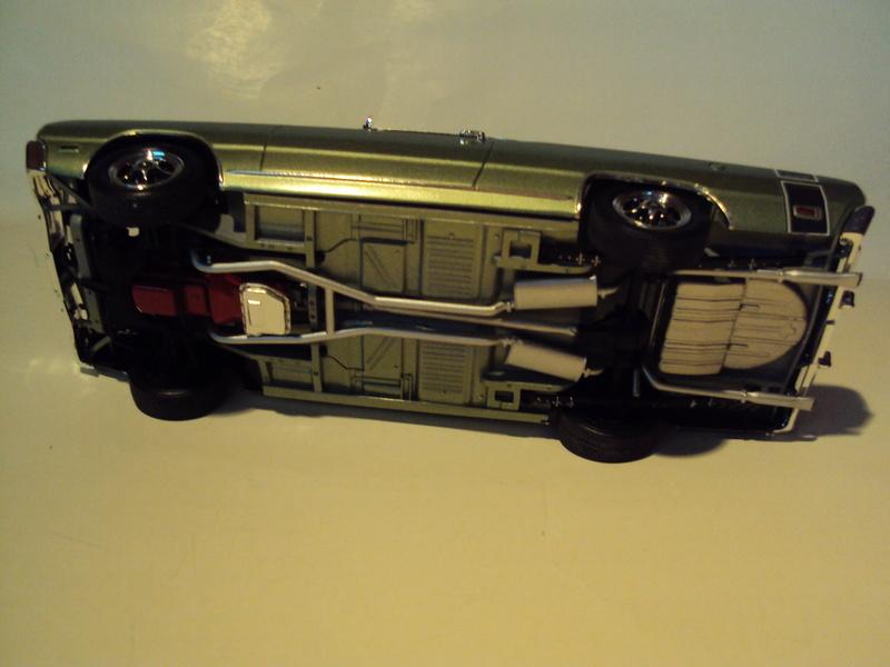 Vends muscle-cars Mopar très proprement montées Dsc02429