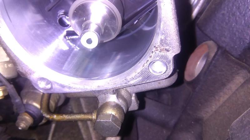 comment enlever le blindage d'une pompe à injection Imag0712