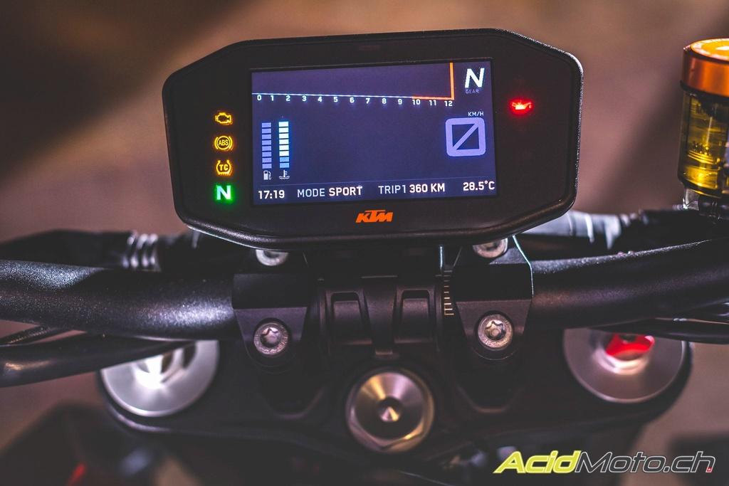 KTM 1290 Super Duke  Ktm_su11