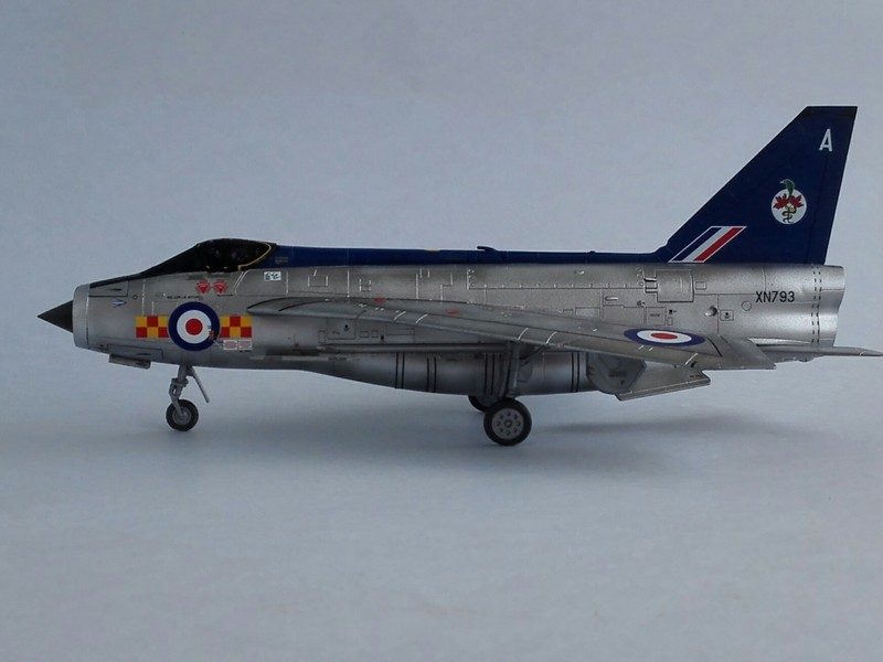 English Electric Lightning F2A (Airfix 1/72) Lightn12