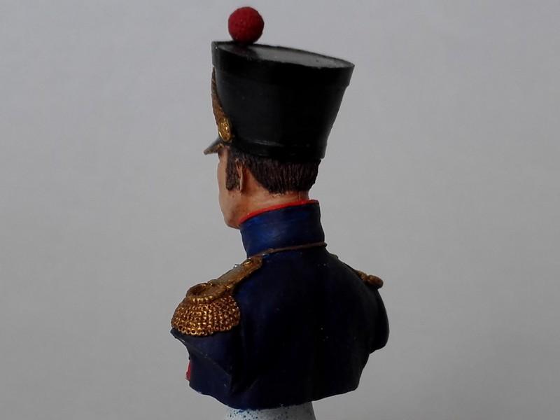 Buste d'officier d'artillerie de ligne (Historex au 1/15, peinture à l'acrylique) Offart17