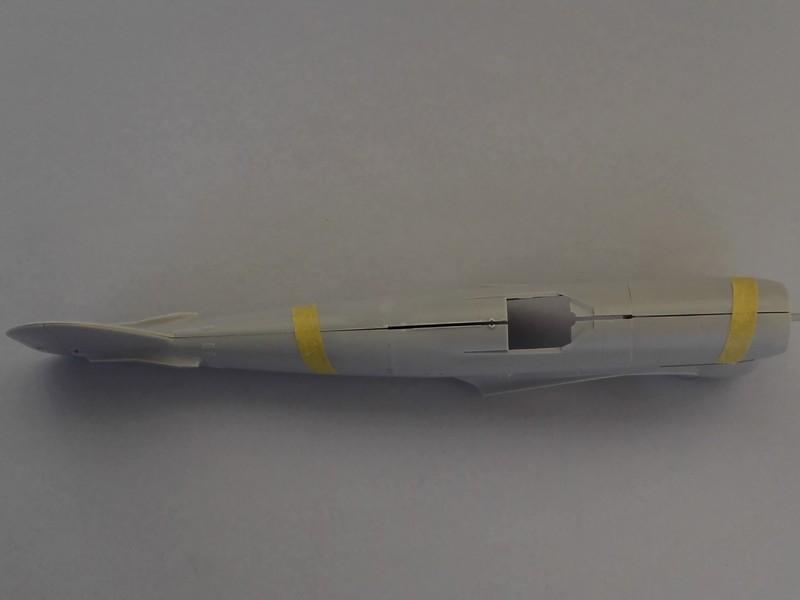 Hawker Typhoon Mk Ib (Hasegawa, pardon Italeri au 1/48) Typhoo14