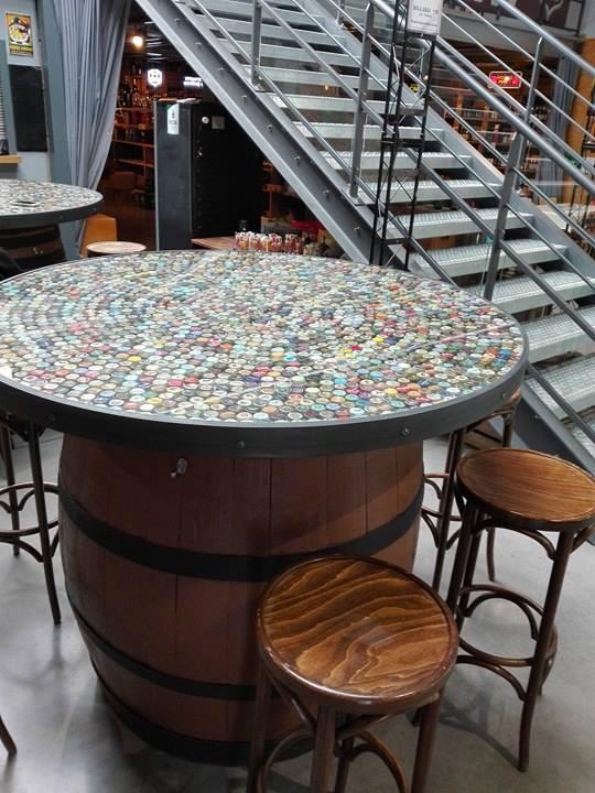 table de capsule 18624810