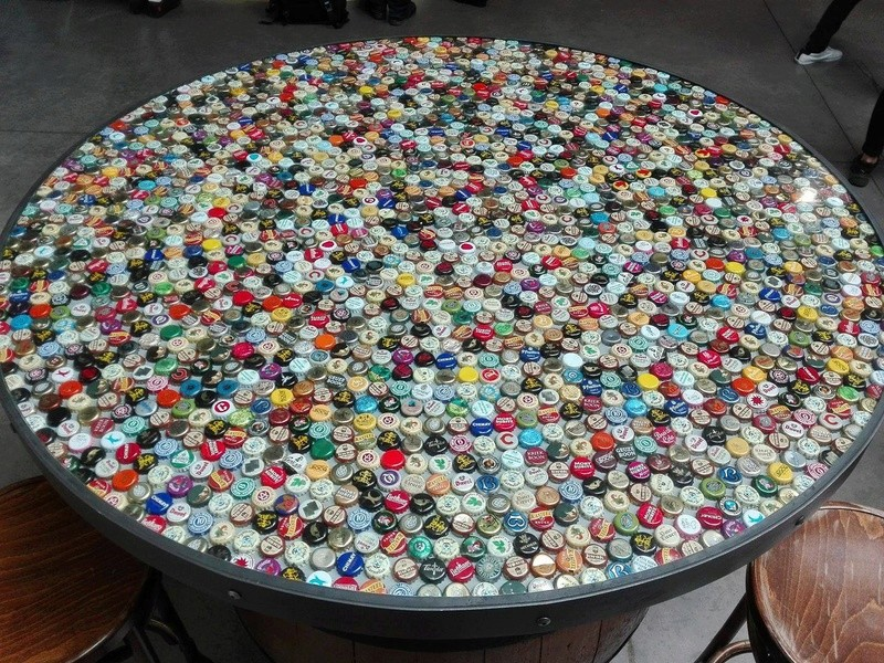 table de capsule 18641110