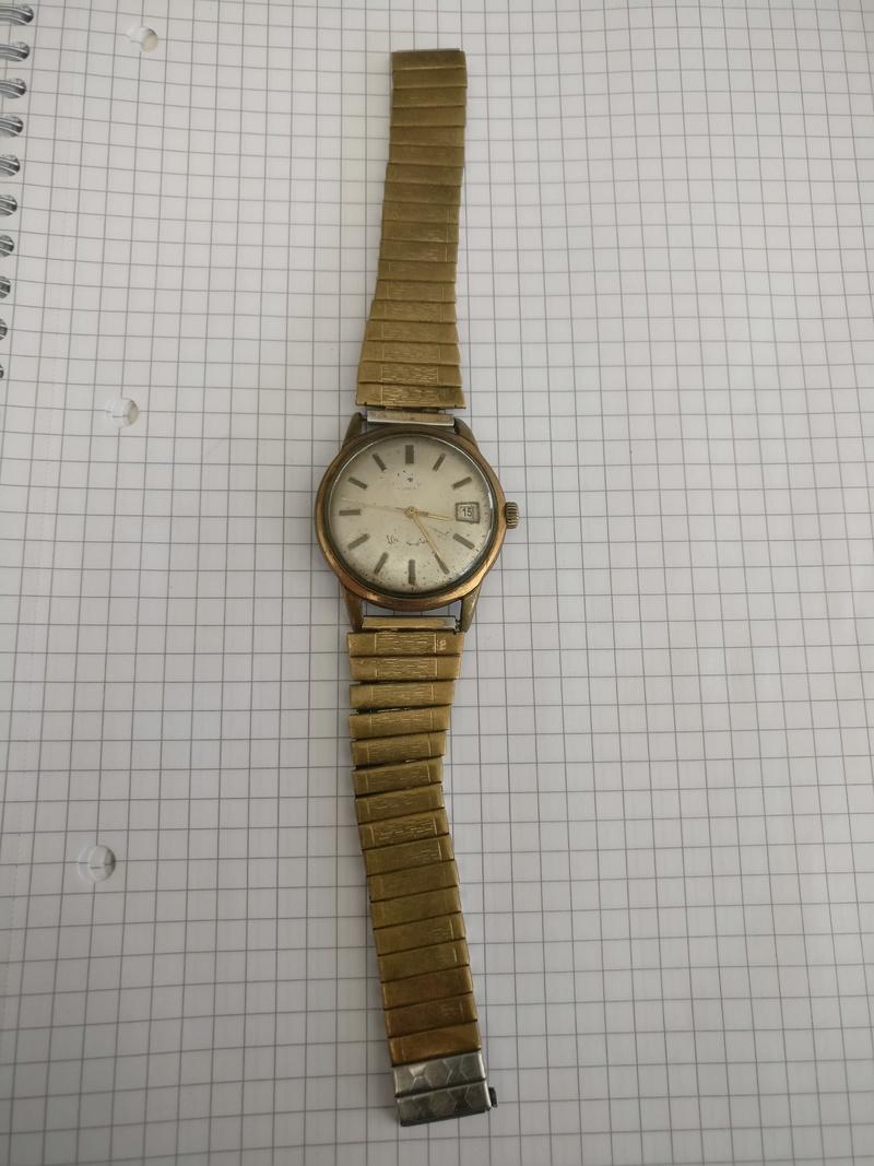 Jaeger -  [Postez ICI les demandes d'IDENTIFICATION et RENSEIGNEMENTS de vos montres] - Page 41 Img_2011