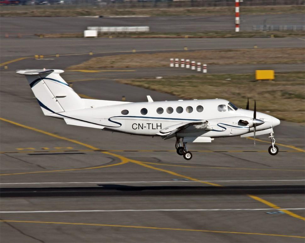 Photos des avions immatriculés au Maroc (CN) Beech-10