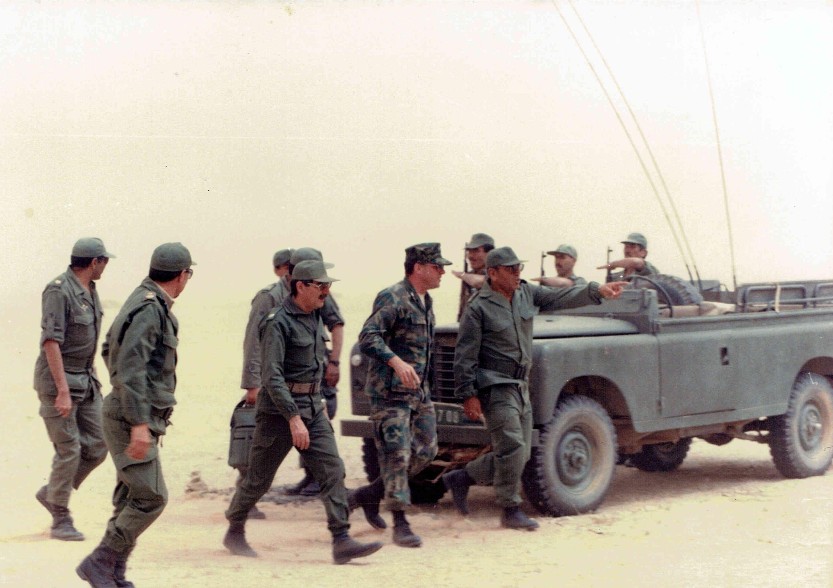 Le conflit armé du sahara marocain - Page 10 Clipb111