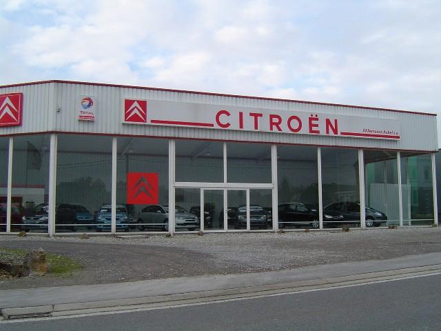 [Graphisme] M. Streiff veut moderniser le logo de Citroën - Page 2 Facade11