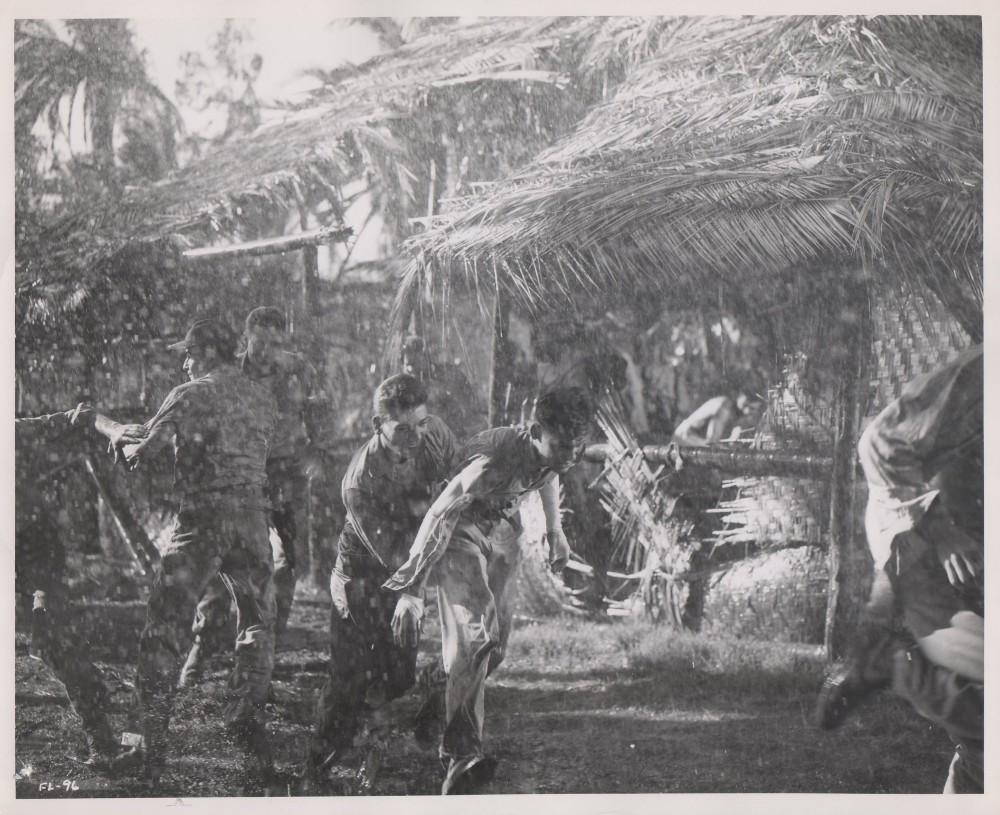 Les Diables de Guadalcanal - Flying Leathernecks - 1951 - Page 2 A_way782