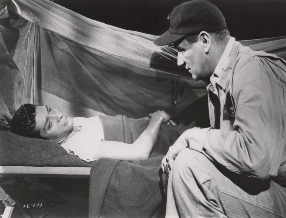 Les Diables de Guadalcanal - Flying Leathernecks - 1951 - Page 2 A_wayn28