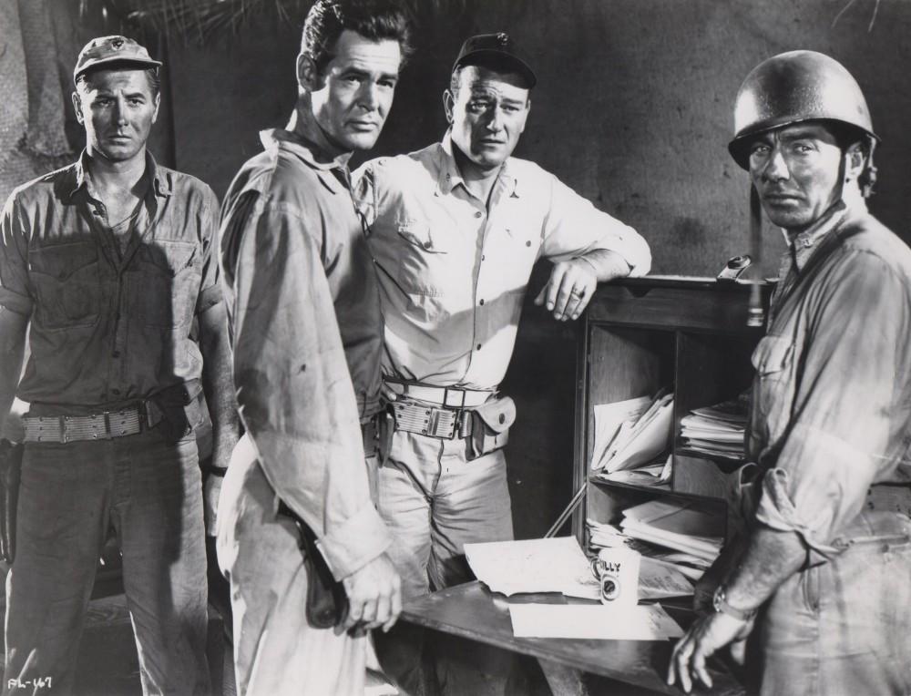 Les Diables de Guadalcanal - Flying Leathernecks - 1951 - Page 2 A_wayn70
