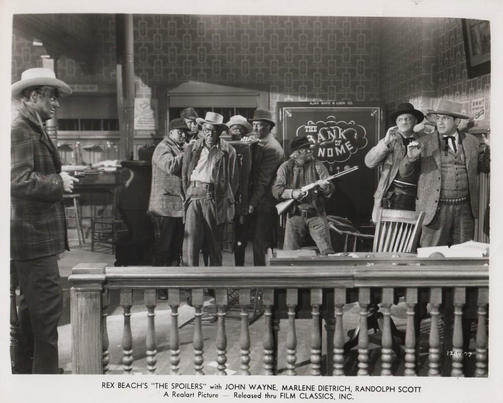 Les écumeurs - The Spoilers - 1942 - Page 2 Wayne174