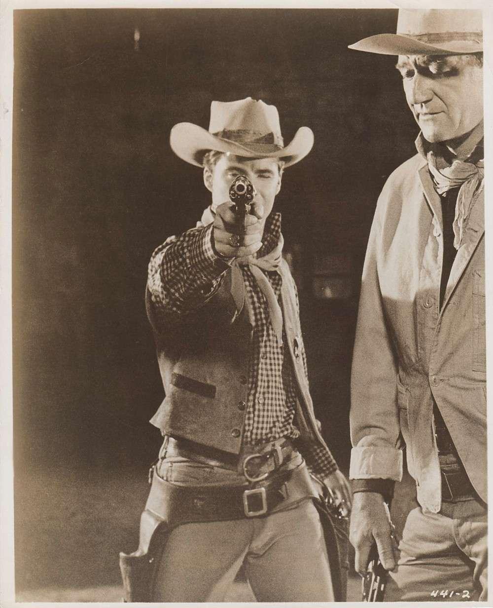 Rio Bravo - 1959 - Page 3 Wayne700