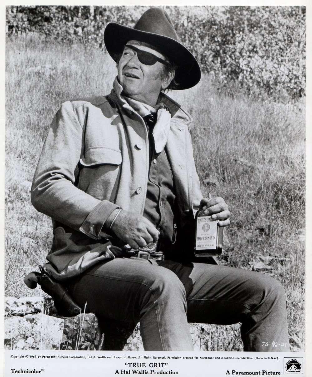 100 $ pour un shériff - True Grit-1969 - Page 2 Wayne804