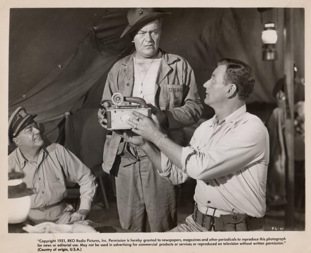 Les Diables de Guadalcanal - Flying Leathernecks - 1951 - Page 2 Wayne979