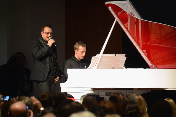 Bono e The Edge ad un'asta di beneficenza Bono10
