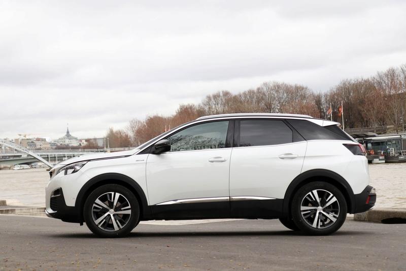 2016 - [Peugeot] 3008 II [P84] S0-ess10