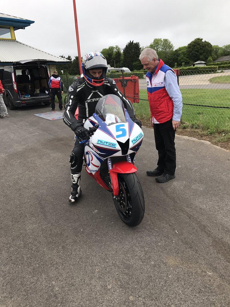 [Road Racing] TT 2017 - Page 4 Dahfxx10