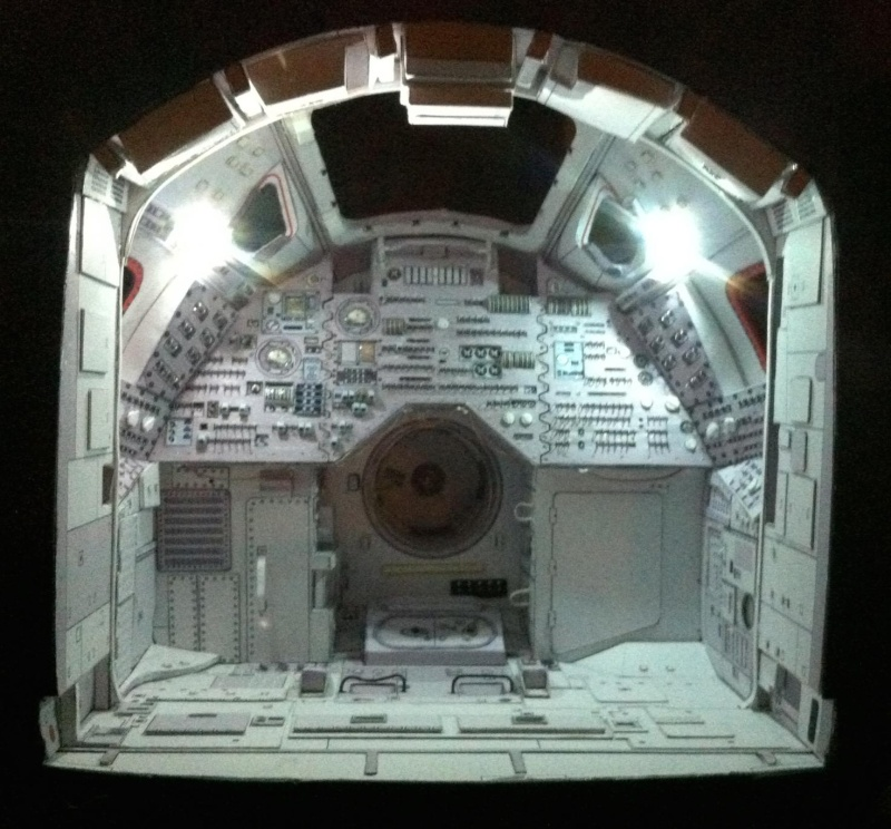 [maquette papier] Apollo command module - 1:12  Img_3410