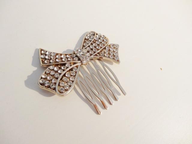 accessoires divers: Sautoires, boucles d'oreilles, bracelets, bijou de cheveux.. Dsc01114