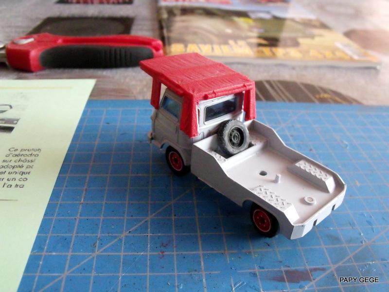 Tracteur de piste base Saviem 4x4 au 1/50 02-dsc15