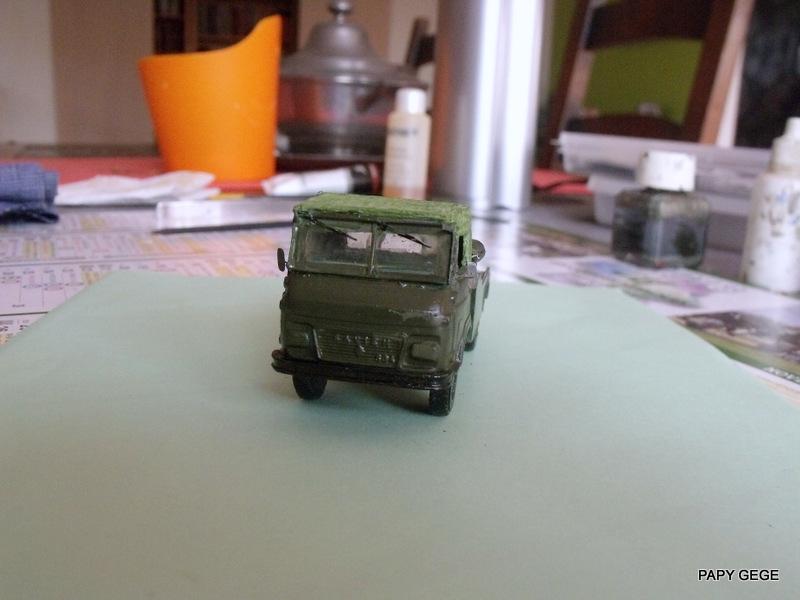 Tracteur de piste base Saviem 4x4 au 1/50 21-dsc14