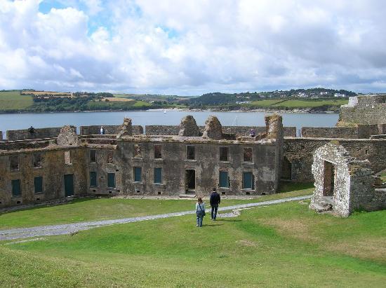 Charles Fort - Kinsale, Irlande [trouvé par Patrice] - Page 2 Charle10