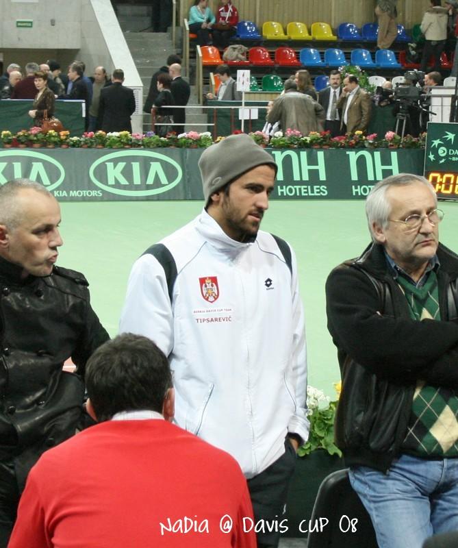 Davis    Cup Janko110
