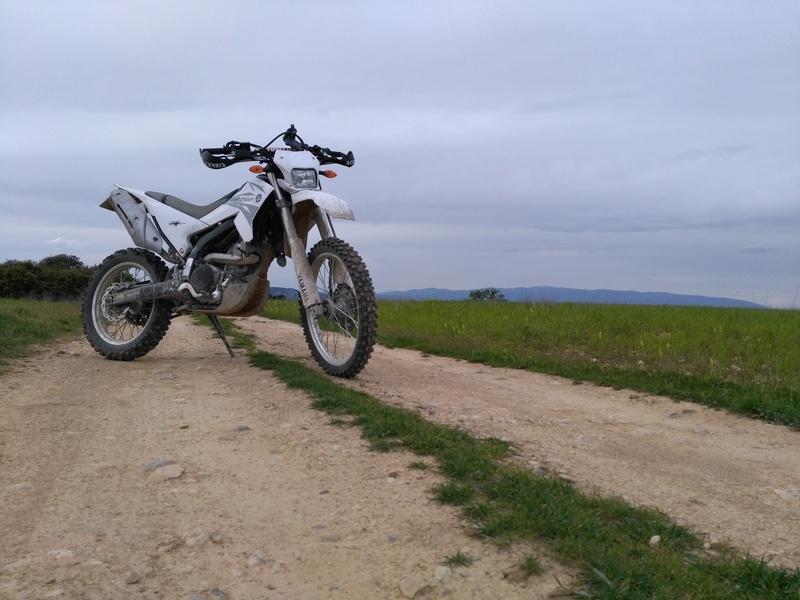 Retour sur ma Yamaha WR 250 R Img_2011