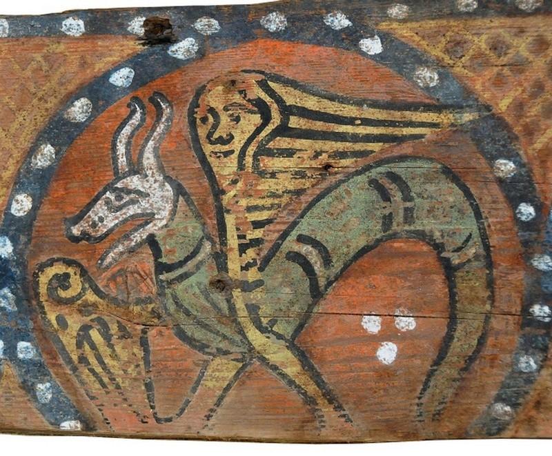 Descubren las pinturas de una techumbre del siglo XIII en Lagrasse 2410
