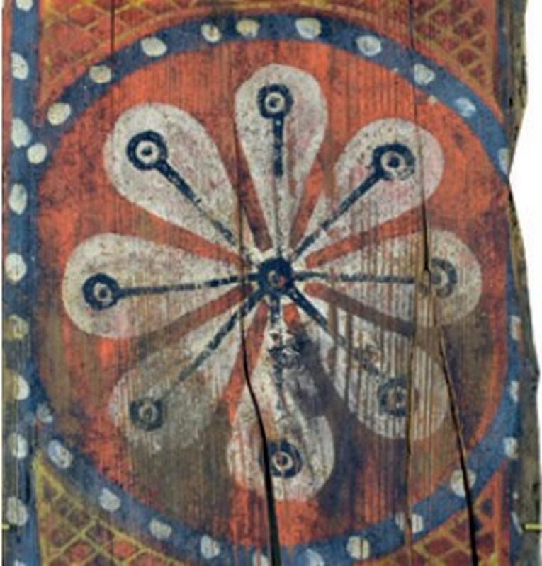 Descubren las pinturas de una techumbre del siglo XIII en Lagrasse Screen19