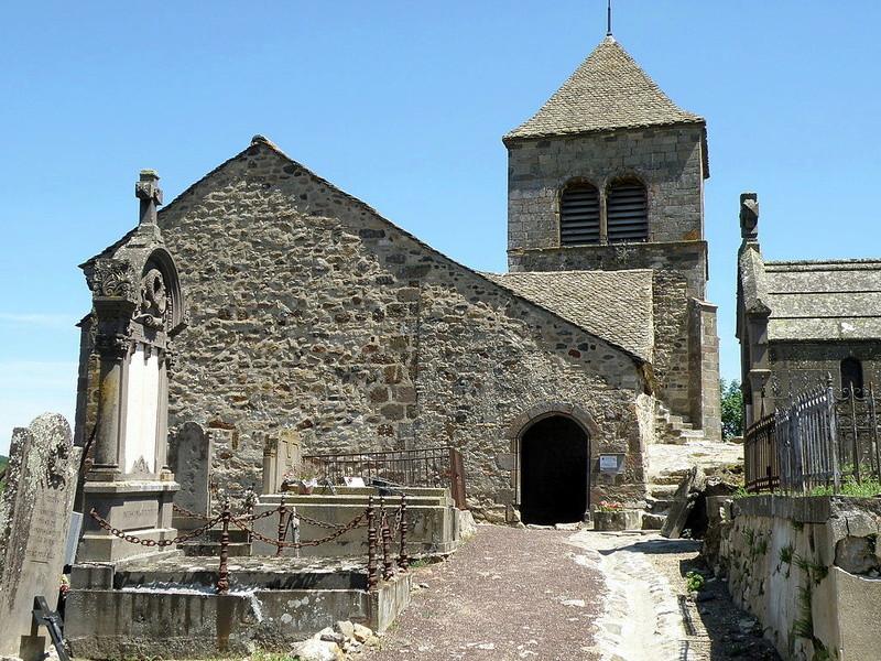 chapelle du chastel et l'ossuaire de Saint floret (puy de dome) : [à éviter] 1024px10