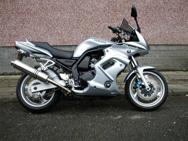 NOVA moto yamaha ! Factor10