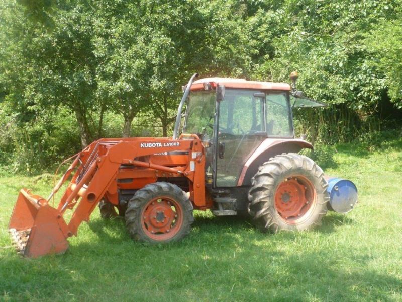 Tracteur Kubota M5700 DTC avec chargeur godet terre LA 1002 P1010012